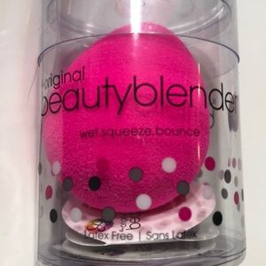 Beauty Blender sponge- new